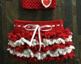 Crochet baby girl Valentine's outfit