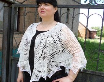white wedding lace shawl Knitted shawl Bride shawl Shawl Ivory-white  Shawl with flowers Delicate bride shawl from  lamb wool Festive shawl