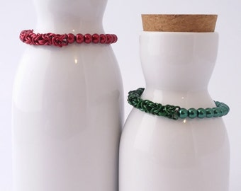 Pearl and chainmaille half and half bracelet