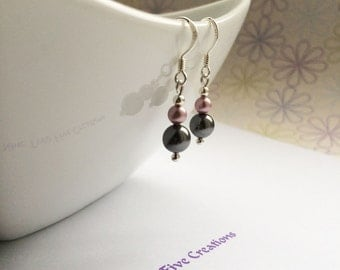 Sterling silver earrings made with swarovski pearls in dark grey and powder rose