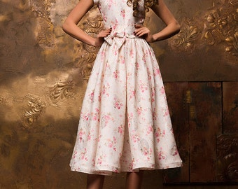 Cotton dress, casual summer dresses, White floral dress, Floral 60th dress, Tea length dress, modest retro dress, sun dress, vintage dress