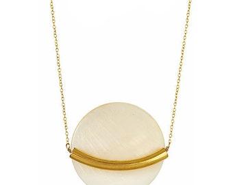 Peace Pearl Goldbar Necklace