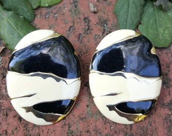 Vintage Metal Earrings Black White Oval Pierced Stud Post