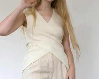 80s Deep V Rib Knit Top in Creme