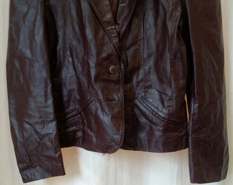 Vintage Women's 1980s Leather Coat/ Blazer Cordovan Color Burgundy Size 9/10
