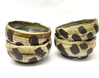 spotted bowl // black stoneware // earthy // speckled cream matte glaze
