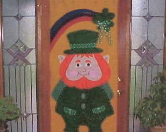 Downloadable Pattern for a St Patrick's Day Leprechaun