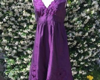 Purple A-Line Party Dress// Size 4/ Zip Back/ V-Neck Front n Back/Sleeveless
