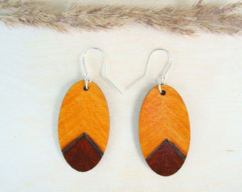 wooden earrings, long earrings, oval earrings, natural earrings, ecologic earrings, woodburned earrings, plywood earrings