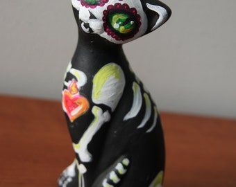 Day of the dead / mexican cat Catrina / skeleton ceramic figurine
