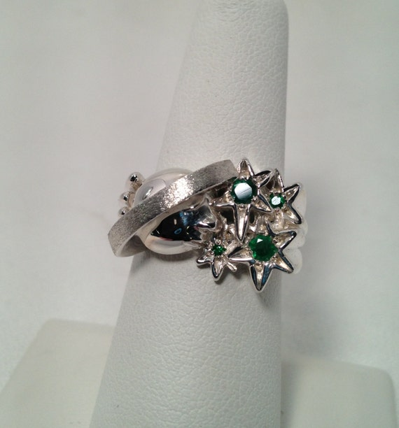 Shani Emerald: Sterling Silver Saturn And Emerald Stars Ring Celestial