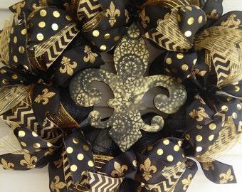 Black and Gold Fleur de Lis Wreath