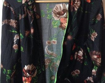 Plus size Vintage floral top