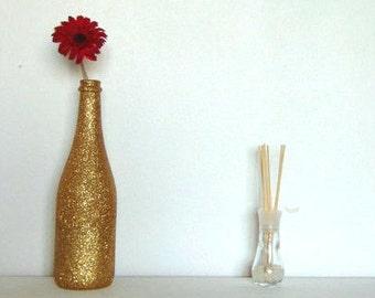 Glitter gold vase