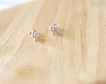 Silver Star Stud Earrings, Tiny Star Earrings, Star Stud Earrings, Star Earrings, Silver Star Earrings, Tiny Stud Earrings, Small Star Studs