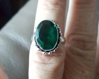 Green Quartz ring  - size 7!