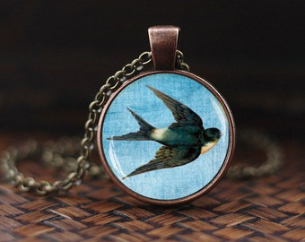 Swallow necklace, Bird jewelry, Animal pendant, Bird necklace, Vintage Swallow art necklace, Swallow Pendant