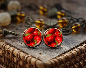 Strawberry stud earrings, Strawberry post earrings, Strawberry Lover earrings, Strawberry photo earrings, strawberry jewelry fruit earrings
