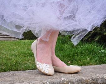 Wedding flats shoes lace flat wedding shoes wedding flats ivory flats ballet flats bridesmaid shoes bridal shoes flats  US SIZE 6.5