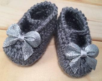 glitter bow mary jane, baby girl, silver glitter bow, newborn -12months