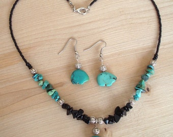 Turquoise and Black Necklace with Bear Pendant, and Matching Earrings