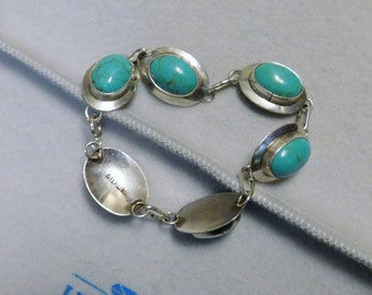 20% Off Blow Out Sale - Vintage Link Navajo - Indian - Turquoise - Bracelet in Sterling Silver - 925