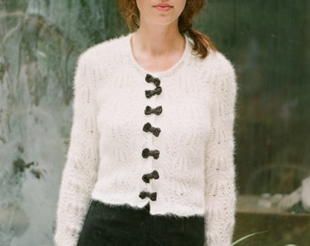 DELILAH by Anna Wilkinson, hand knitting pattern, DOWNLOADABLE PDF