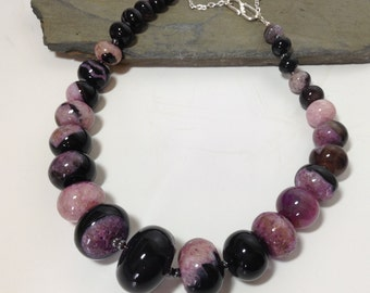Purple agate graduated necklace