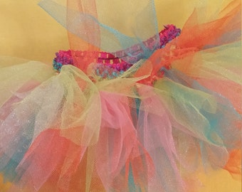Rainbow tutu for young girls ! 12 to 24 months
