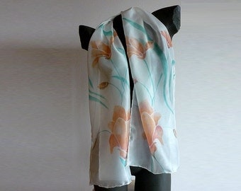 Scarf painted on silk diving