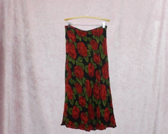 red rose skirt size large