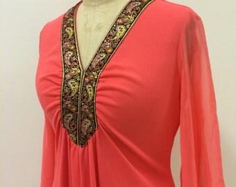 1970s Coral Evening Dress with Brocade Trim | Princess | Large