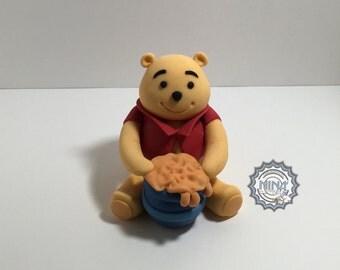 Winnie & Honey Pot Cake Topper