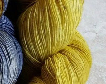 Mustard, lace 1 strand 100% washable Merino