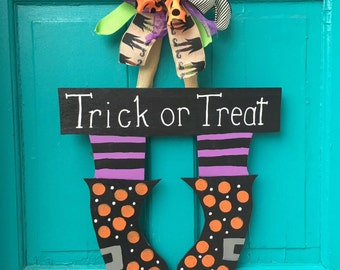 Witches Feet // Door Hanger // Happy Halloween // Halloween Witch Door Hanger