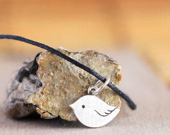 Little bird pendant - Sterling silver pendant - Animal jewellery - Cute bird necklace