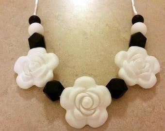 Silicone beaded Teething Necklace, Black and White, Nursing Necklace, Food Grade Silicone, Sensory Beads, Teething Beads, Fidget