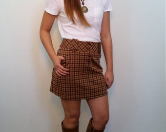 60's Check MOD MINI vintage skirt. Schoolgirl preppy. Brown earthy colors. Size Medium
