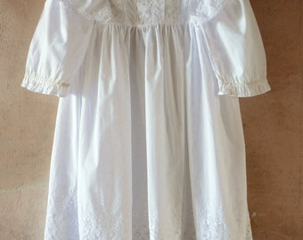 Victorian Little Girl's Whitework Mother Hubbard Dress Size 5