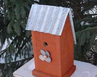 Recycled Birdhouse - Reclaimed Birdhouse - Bird Houses - Outdoor Birdhouse - Functional Birdhouse