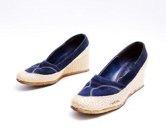 Vintage 1980s Jute Wedge Navy Blue Slip Ons // Woven Jute Platform Soles // 7 size