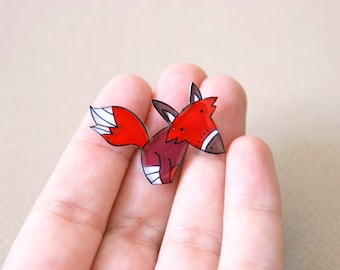 Red fox brooch, woodland jewelry, illustrated pin
