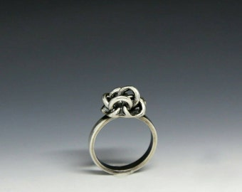 Chain ring, silver ring, statement ring, stackable ring, freedom,  handmade chain, sterling silver ring, sculpture ring, oak ring, chain