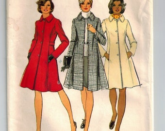 """Vintage 70s Simplicity 5928  """"Look Slimmer"""" Princess Seaming Button Front Coat Jacket Sewing Pattern Bust 41-43 Plus Size 18.5-20.5  UNCUT"""