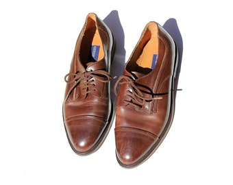 Vintage Men's Cap Toe Oxford / Brown Leather Dress Shoes / 10 1/2
