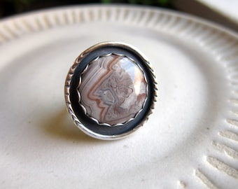 Crazy Lace Agate and Sterling Silver ring       size 7.5