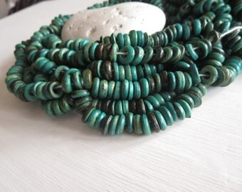 Green  teal coconut beads small rondelles discs spacer  beads - 2 to 4 mm  thick x  7 to 8mm  in diameter  / 12 inch - 6A15-9