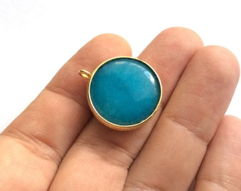 1pc- Matte Gold Plated  Turquoise  blue Jade Circle Charm- 25x20mm-(025-033GP)