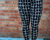 Black and White Plaid Print Leggings,Womens workout legging pant, Square lines checkered printed leggings, yoga knit pants high waisted