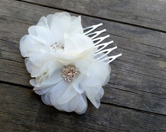 2 Bridal White Flower Hair Comb made of Chiffon Fabric on a Silver Hair Comb Wedding Veil Floral Accessory with Rhinestone Crystals